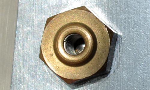 Make sure the overpressure valve is always clean of mineral deposits
