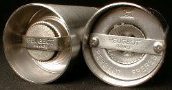 Peugeot Salt and Pepper Mechanism