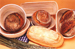 Brotformen Wicker Baskets and Bread