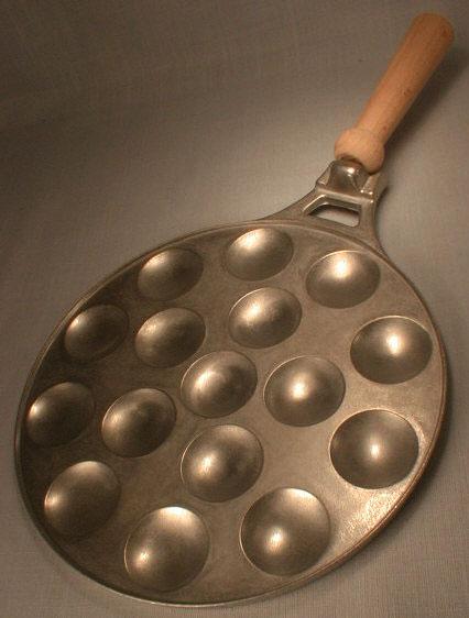 11400 Poffertjes Pan