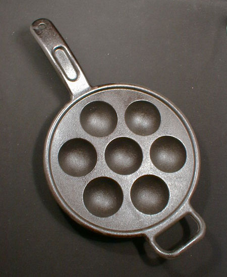 122278 Lodge Cast Iron Aebleskiver Pan